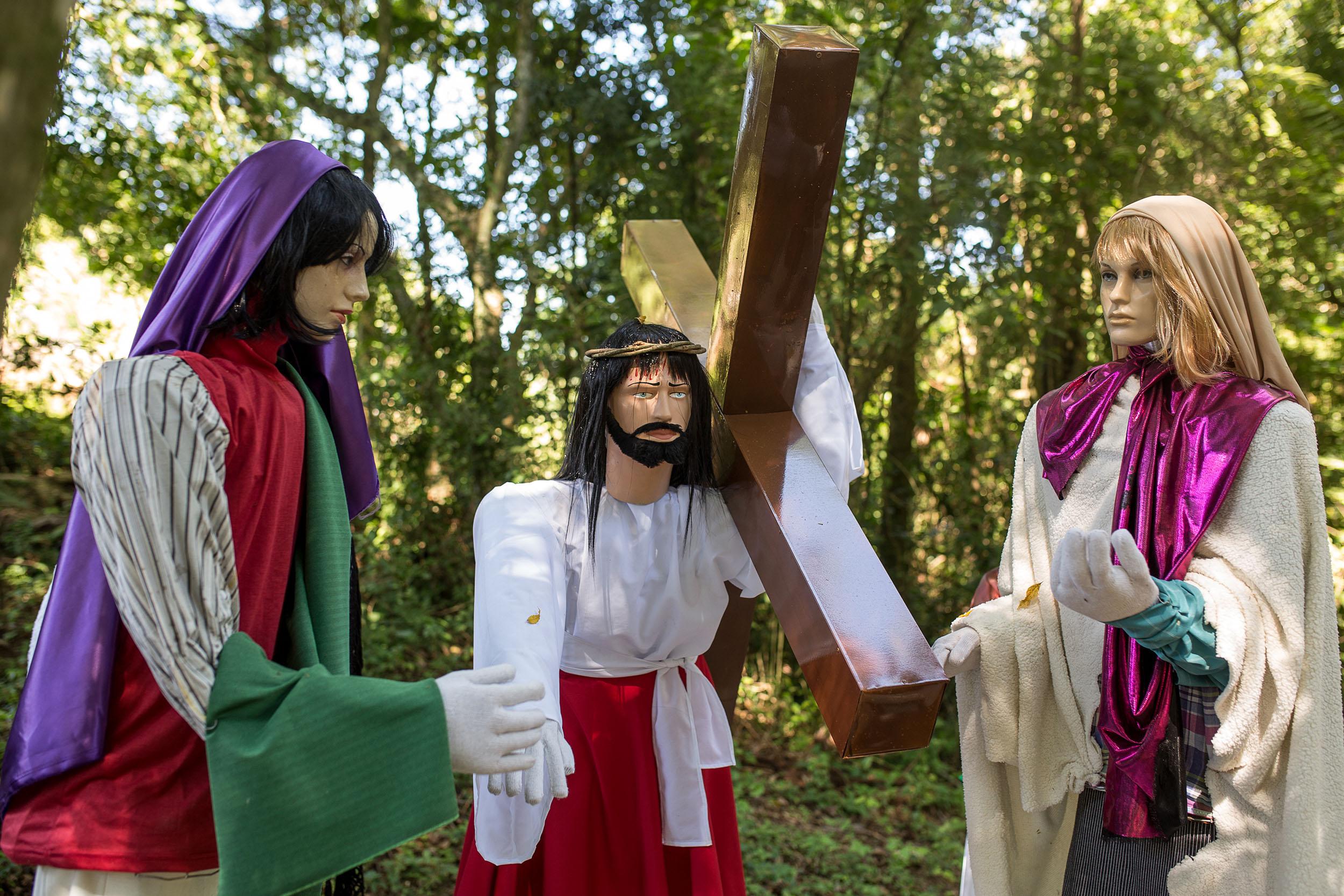 Páscoa Encantada de Colinas atrai visitantes até...